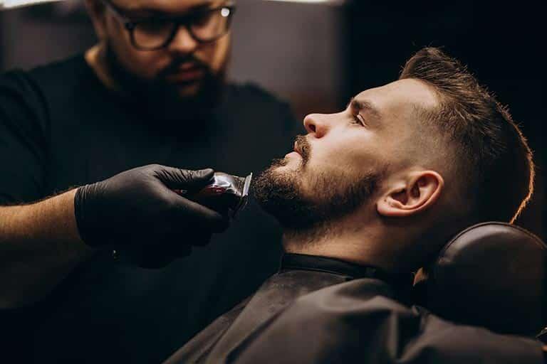 moustache et barbe